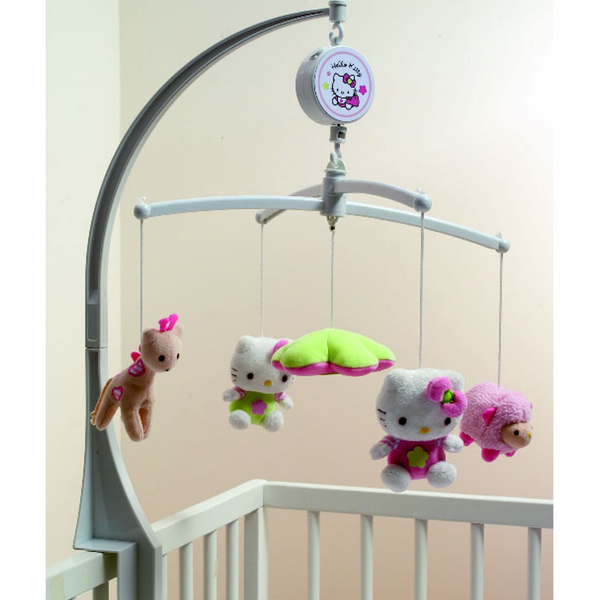 Навесные игрушки на кроватку